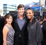 122997_gold-medalists-kristi-yamaguchi-and-evan-lysacek-with-access-own-shaun-robinson-at-the-eclipse-premi