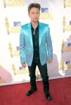 Jackson_arrives at the 2010 MTV Movie Awards at Gibson Amphitheatre on June 6, 2010 in Universal City, California._405_600_7_6_2010 _ 15_02_20_004