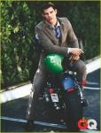 taylor-lautner-gq-magazine-july-2010-03